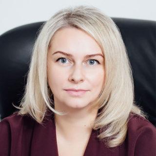 Братищева Алина Ивановна — Адвокат, партнёр