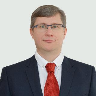 Нахратов Виталий Владимирович — Научный консультант, к.ю.н, доцент